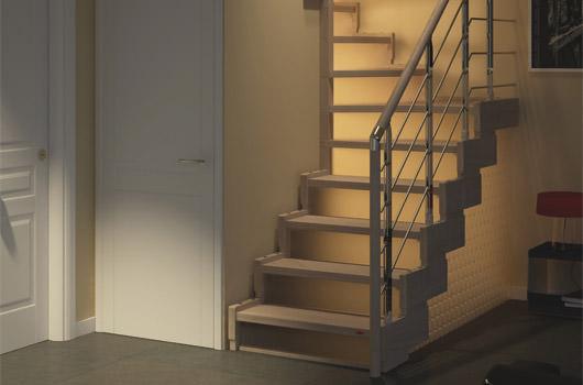 Escalera para espacios peque os escaleras para huecos for Escaleras rintal